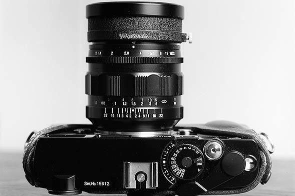 Voigtlander 35mm F/1.2 Nokton